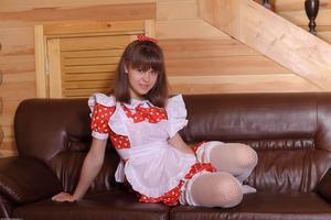 http://img223.imagevenue.com/loc1098/th_210510683_tduid300163_Silver_Sandrinya_maid_1_057_122_1098lo.JPG