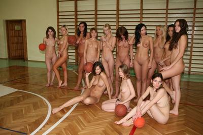 absolyutno-golie-sportsmenki