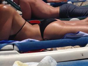 Spied-on-the-beach-Key-West-girls-y448iba1cg.jpg