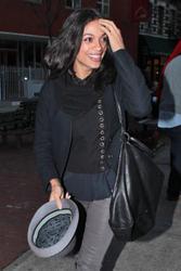 Розарио Доусон, фото 1465. Rosario Dawson leaves Da Silvano Restaurant in New York, december 23, foto 1465