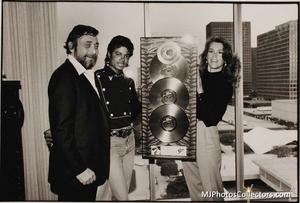 1983 Thriller Certified Platinum Th_947784385_med_gallery_8_119_17662_122_837lo
