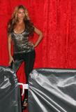 th_40332_celebrity_paradise.com_TheElder_Beyonce2010_03_02_Jay_ZMadisonSquareGarden3_122_869lo.jpg